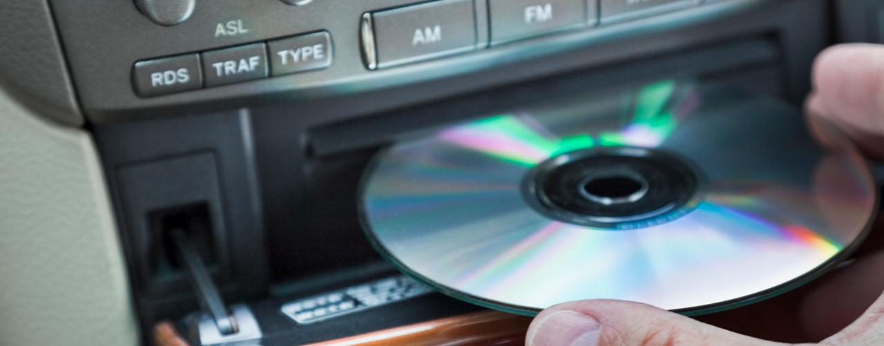 Comment enlever un CD coincé dans un lecteur CD autoradio
